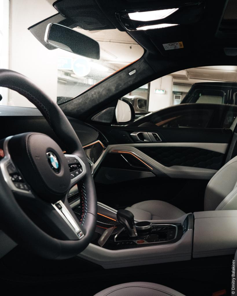 Салон BMW X6M F96 2020