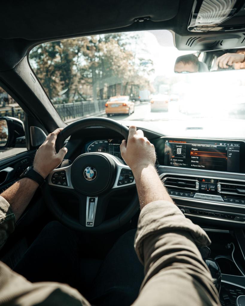 Интерьер BMW X7 M50d